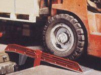 Aluminium Dock Boards - 1830mm Wide, 5450kg Capacity