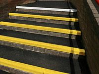 Stair Grip Black / Yellow - 1 to 3m Strips