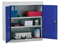 Standard steel cupboard with 2 adjustable shelves